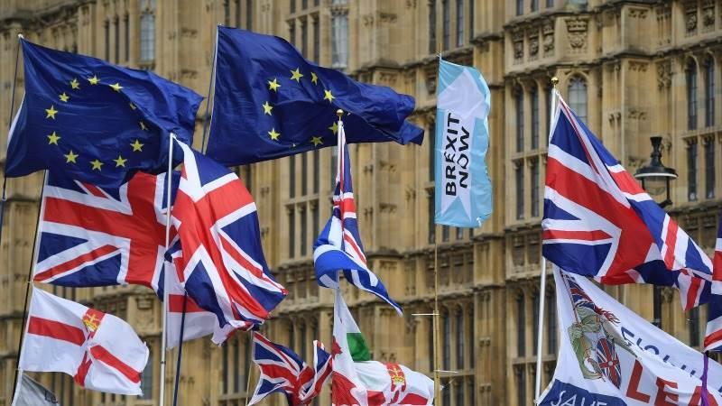 Internacional| Gran Bretaña al borde del abismo por un Brexit que no cierra